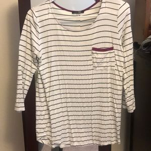 Striped quarter length sleeve top